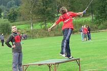 Sportovní rybáři soutěžili na volarském fotbalovém hřišti.