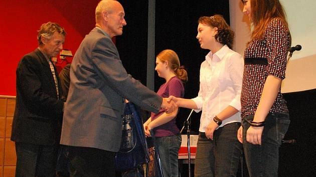 Vyhlášení Talentů okresu pro rok 2009 ve Vimperku.