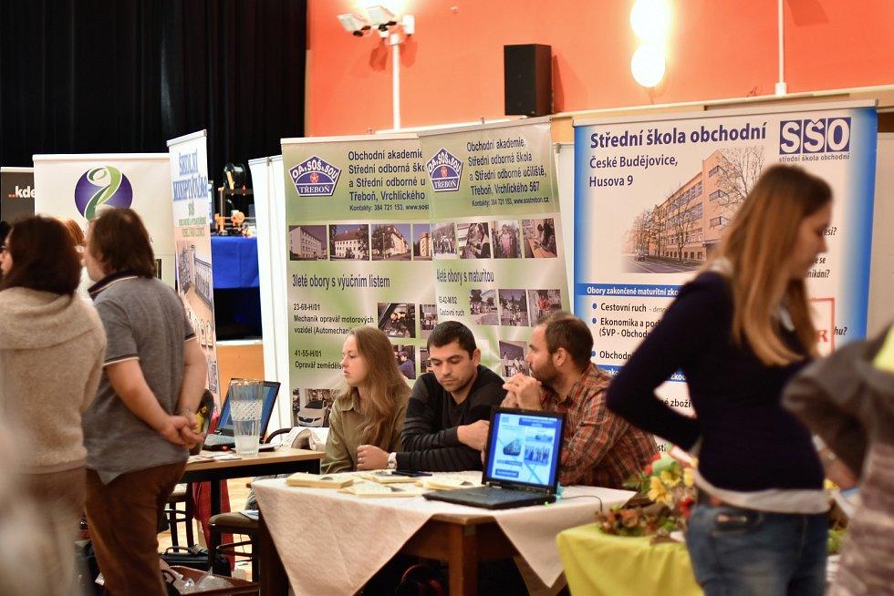 Střední školy se představily ve Vimperku.