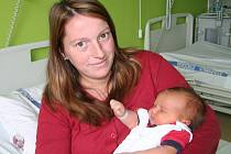Adéla Vondráčková se narodila ve strakonické porodnici v pátek 26. října v 19.14 hodin. Při narození vážila 4450 gramů. Doma ve Zdíkově netrpělivě čekal čtyřletý bráška Vojta.