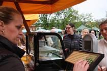 Sezona tradičních trhů v Chlumanech odstartovala v sobotu dopoledne.