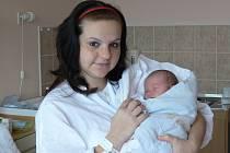 Filip Klouda se v prachatické porodnici narodil v neděli 4. listopadu v 10.40 hodin. Při narození vážil 3400 gramů a měřil 50 centimetrů. Rodiče Dana a Alexandr si prvorozeného syna odvezou domů, do Prachatic.