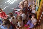 Děti si užily vyprávění o zvířátkách.