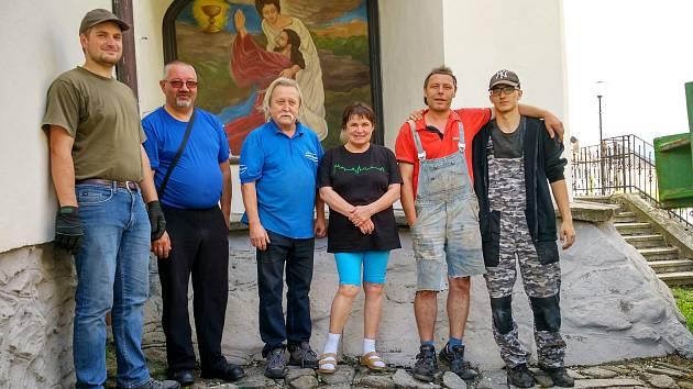 Obraz, který restaurovala Vladimíra Fridrichová Kunešová už zdobí výklenek volarského kostela sv. Kateřiny.