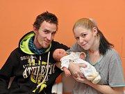 Domů do Čichtic si odvezli rodiče prvorozeného syna, který se jim narodil v pondělí 13. listopadu ve 13 hodin a 52 minut ve strakonické porodnici. Dostal jméno Dominik Štěpánek a vážil 3100 gramů.