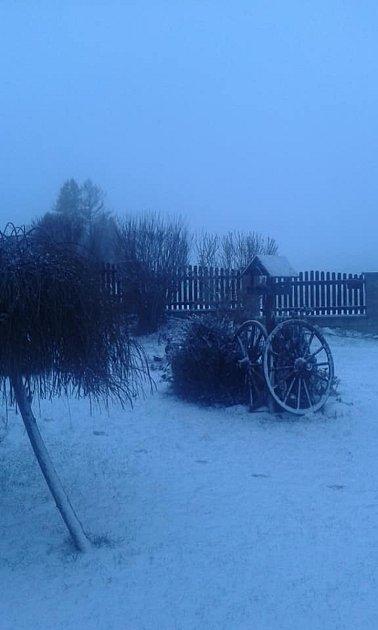 Sněhovou nadílku už mají ivBlažejovicích.