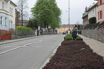 Ulice 1. máje ve Vimperku by se měla v příštím roce dočkat alespoň zahájení rozsáhlé rekonstrukce.