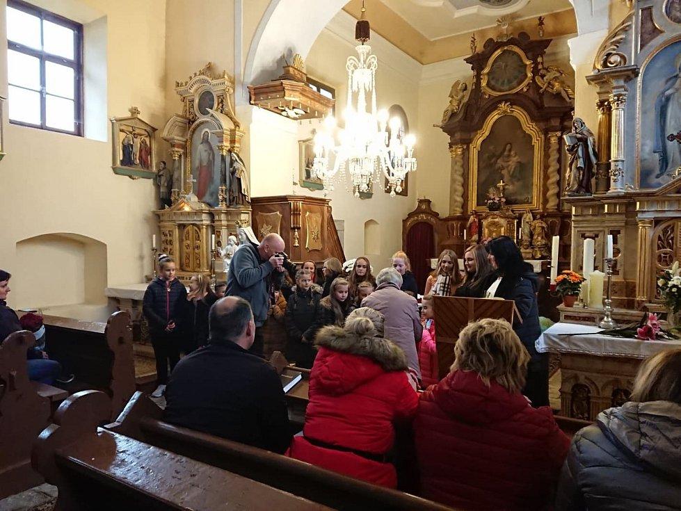 Podzimní koncert v Horní Vltavici.