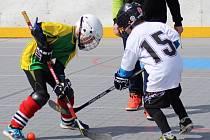 V kategorii 1.-3. tříd vyhráli krajské kolo Hokejbalu proti drogám hráči z Blatné.