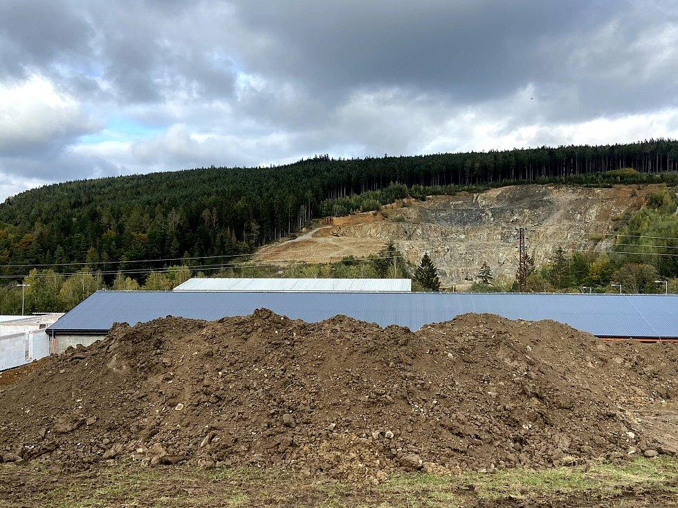 Stavba nové prachatické střelnice. Stav v říjnu 2020.