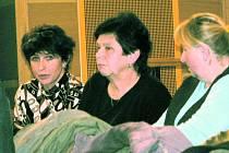 DALŠÍ JEDNÁNÍ. Na pondělní zasedání zastupitelů se opět podle svých slov chystá i vedoucí vimperské knihovny Milada Šmídová.