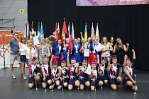 Vimperské mažoretky vybojovaly na mistrovství světa v Praze titul a k tomu ještě tři tituly vicemistryň.