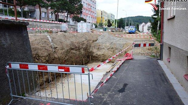 Opravy na vimperském sídlišti. Foto: Zdeněk Formánek
