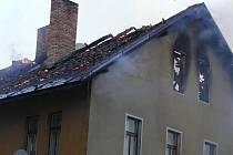 Vyhořelý objekt v ulici U Lázní ve Vimperku.