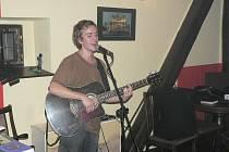 Uznávaný kytarista představil i skladby z alba Dům stínů.
