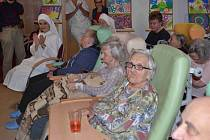 Pondělní odpoledne patřilo zahájení oslav 5. výročí Domova Matky Vojtěchy.