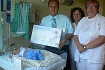 Nemocnice má další přístroj pro novorozenecké oddělení.