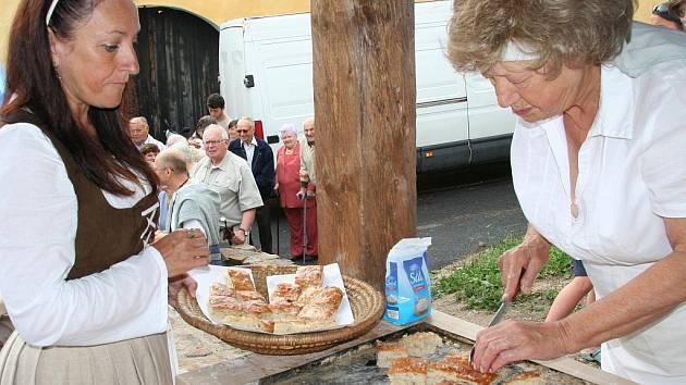 První veřejné pečení chleba ve Vitějovicích.