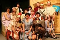 Svatomařští nastudovali divadelní hru.