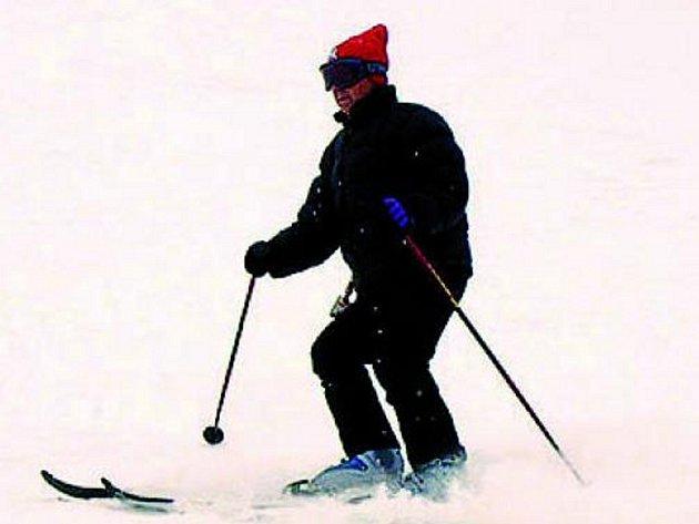 Sněhová pokrývka je pro spuštění vleku opět dostatečná. Ilustrační foto.