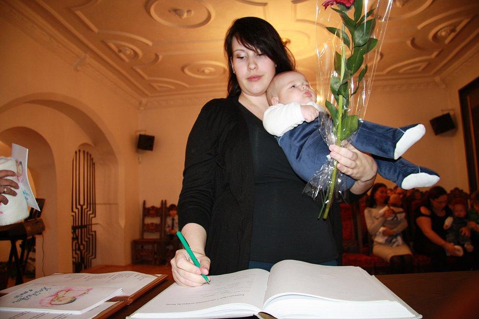 Adam Volčík s rodinou.