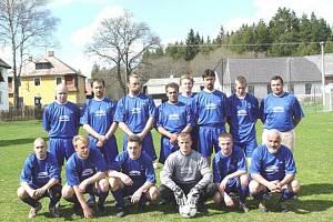 Fotbalový tým Borových Lad ze sezony 2002 - 2003.