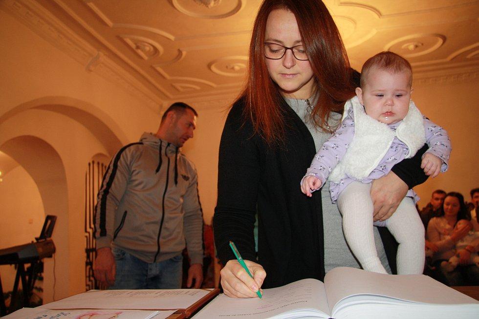 Sofie Hrašová s rodinou.