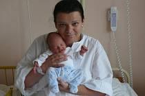 Kristina Švíková se narodila v prachatické porodnici v sobotu 4. srpna v 17.35 hodin. Vážila 2730 gramů a měřila 46 centimetrů. Rodiče Iveta a Josef jsou z Netolic. Doma netrpělivě čekala sestřička Nikolka (2,5 roku).