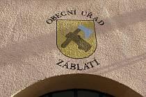 Obecní úřad v Záblatí.