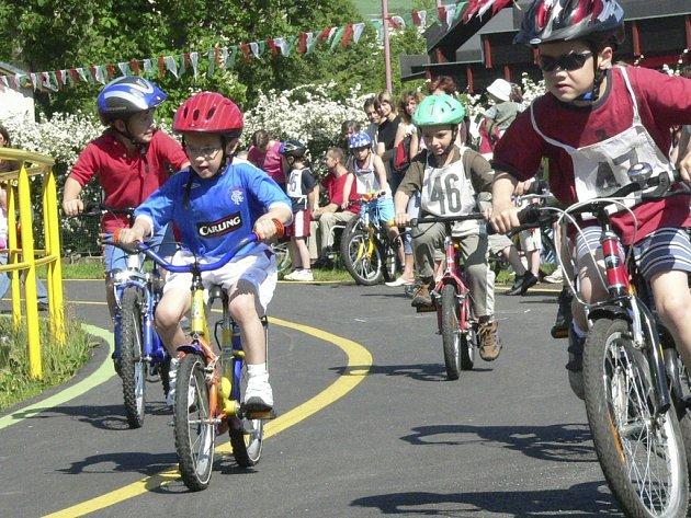 Cyklistická část přinesla tuhé boje.