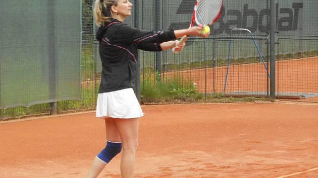 Smíšené družstvo Prachatic přivítá Planou nad Lužnicí. Po letech zve diváky na závodní tenis.