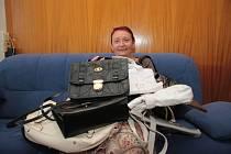 Marie Bednárová přinesla kabelky do Kabelkového veletrhu Deníku.