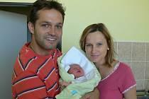 Tereza Růžičková se v prachatické porodnici narodila ve středu 14. srpna dvě minuty po 17 hodině a vážila 3080 gramů. Pro rodiče Marii a Petra z Prachatic je to první dítě.