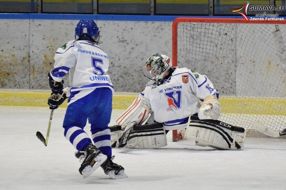 Vánoční turnaj hokejistů ročníku 2009 ve Vimperku.