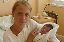 Nela Šmídová se narodila v prachatické porodnici v pondělí 1. srpna ve 2.30 hodin. Vážila 3050 gramů. Doma ve Volarech na malou Nelu a maminku Nikolu čekal tatínek David a roční sestřička Nikolka.