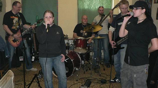 Netolická kapela Wo-Twor.