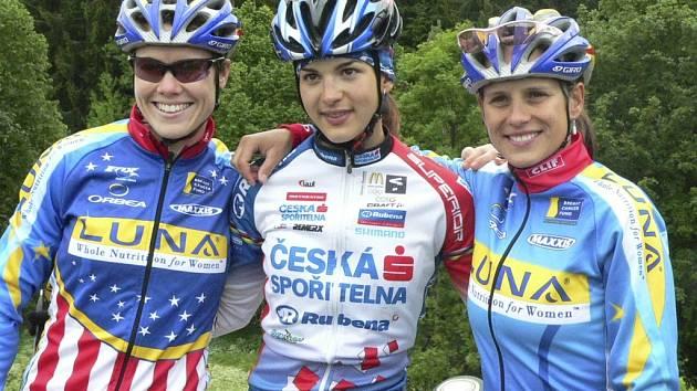 Zleva Georgia Gould, Tereza Huříková a Kateřina Nash-Hanušová.