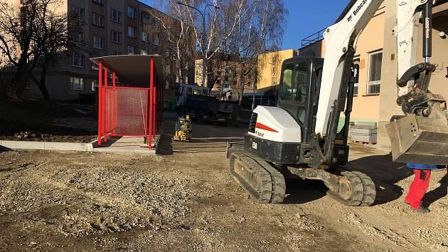 Opravy ve Slámově ulici v Prachaticích.