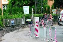 Opravy ve Vimperku stále pokračují.
