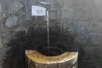 Pozor, voda z Pivovarského pramen v Prachaticích není stále vhodná k pití.