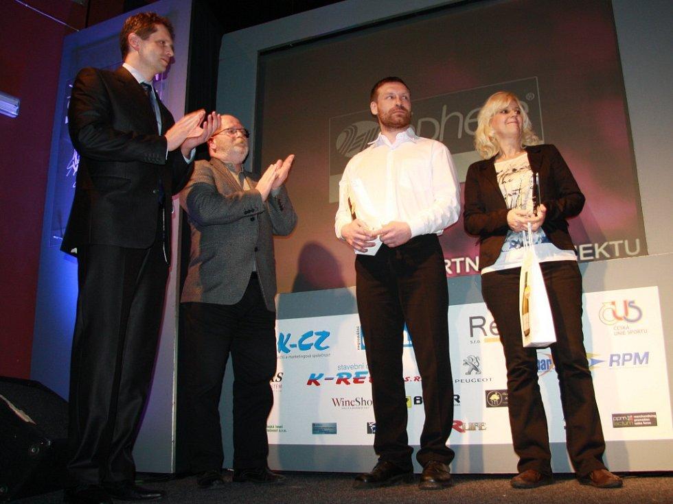 Nejen sportovní povinnosti, ale i nemoc zabránila některým sportovcům přímé účasti na vyhlášení výsledků ankety Sportovec roku 2014. Na pódiu tak chyběli i Luděk Šeller, Jakub Kordač, Matyáš Albrecht, ale také Jakub Drahoš a Barbora Hlaváčová.