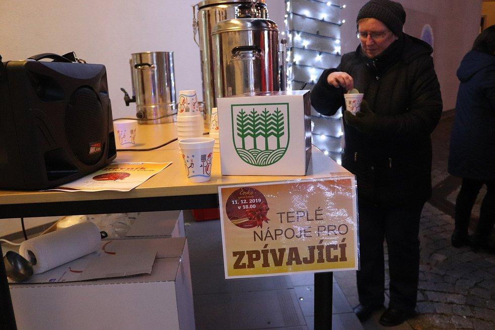Česko zpívá koledy ve Volarech.