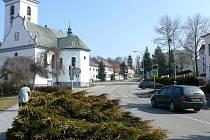 Více na očích by po úpravách zeleně měl být i kostel sv. Kateřiny.