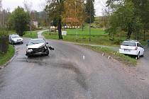 Řidič audi je podezřelý ze zavinění nehody v Bělé u Želnavy.
