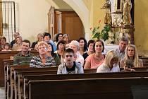 Koncert v kostele si užili ve Lhenicích.