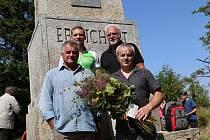 Po sto čtyřiceti letech byl v sobotu odhalen nad Plešným jezerem znovu odhalen obelisk Adalberta Stiftera.