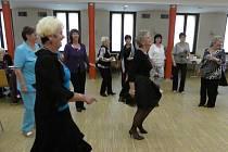 Pořadatelem letošního seniorského bálu se stala Městská organizace Svazu důchodců Prachatice. Zhostila se své nové role na výbornou.