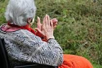 Pomáháte seniorům? Napište váš příběh.