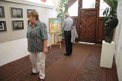 V netolickém muzeu vystavují od 3. července Alena, Jaromír a Petr Schelovi.