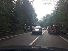 "Do sedmi hodin večer bude blokovat nehoda silnici z Prachatic na Volary v ""americké"" zatáčce."